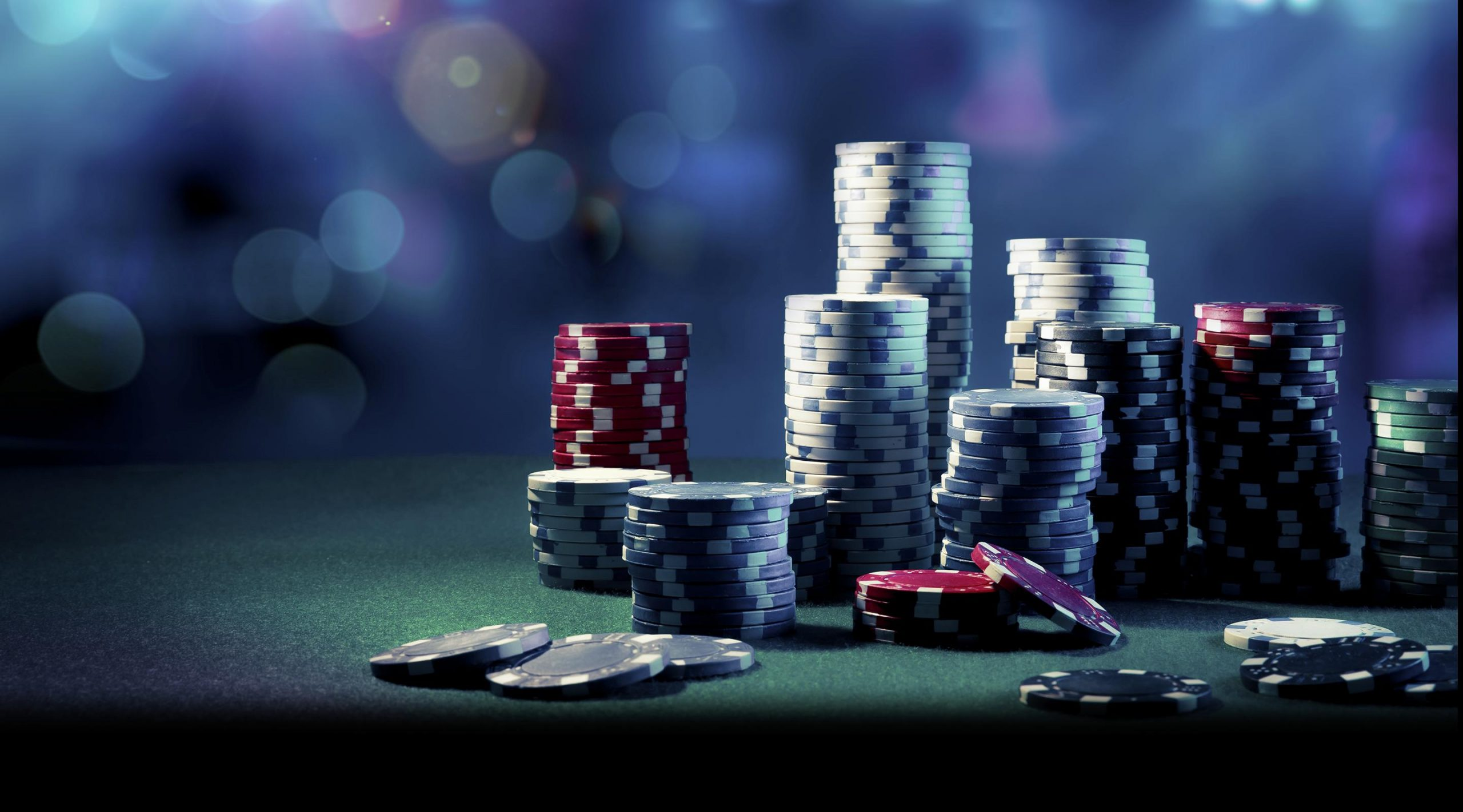 Tips To Help You Achieve The Professional Title As A Poker Player – READ HERE