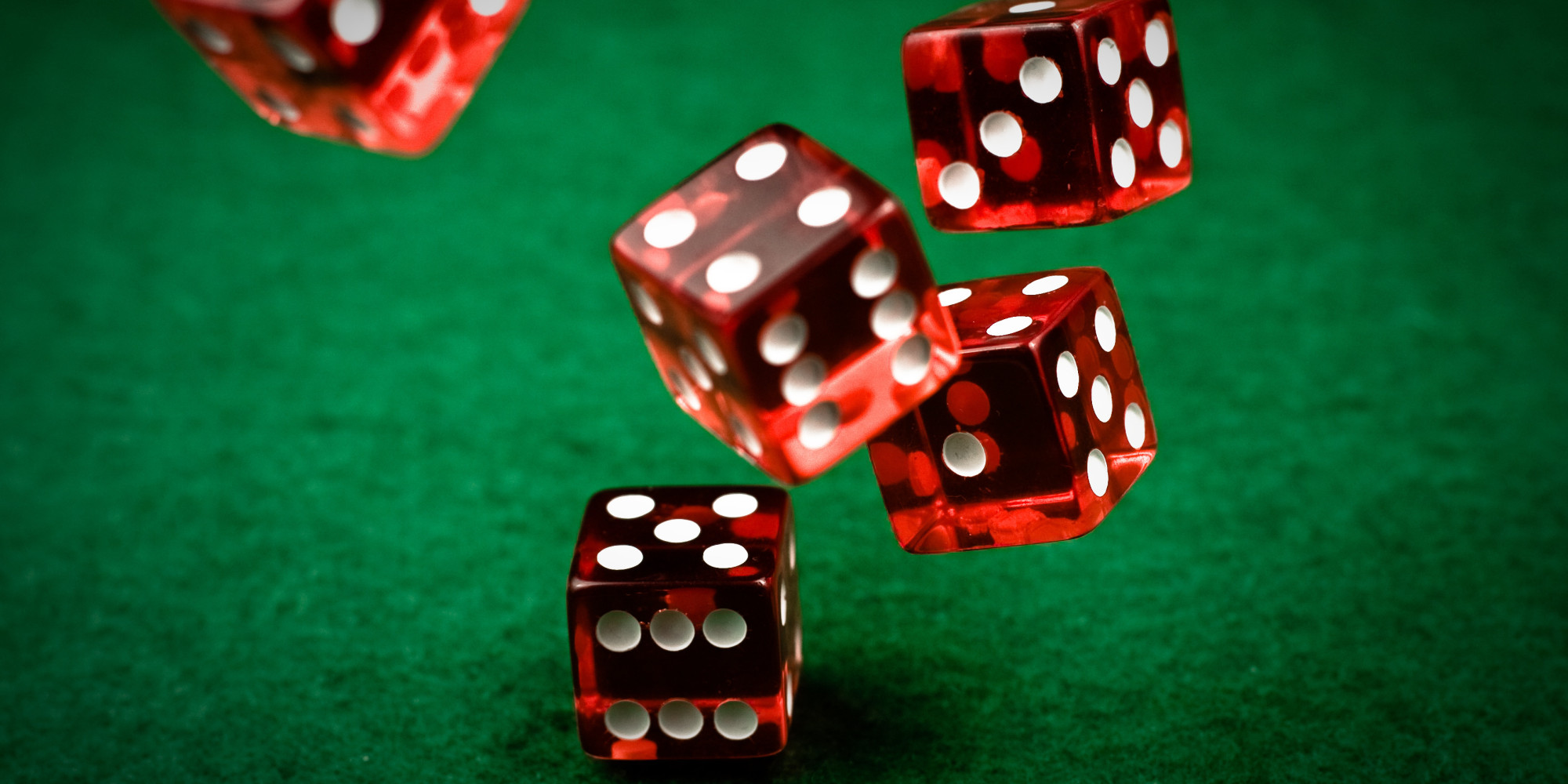Tips on Becoming a Good Bettor When Playing in Online Casino Games
